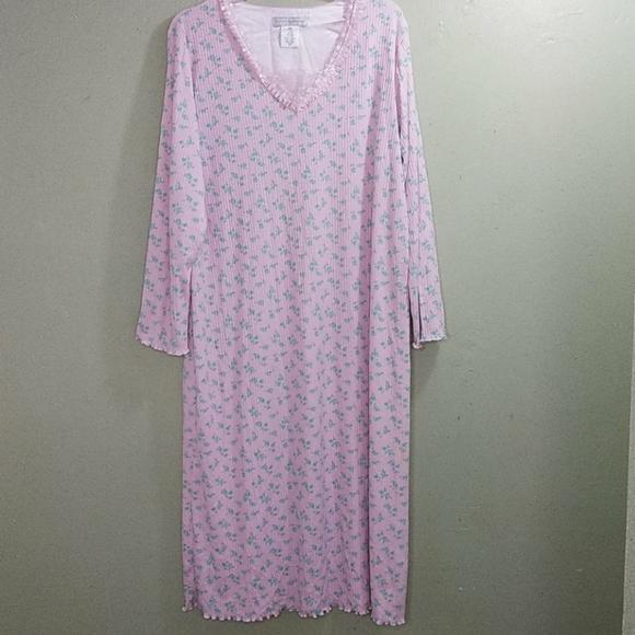 Earth Angels Floral Print Ribbed Nightgown L